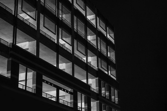 black-and-white-night-building-house